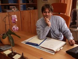 Dr. Paul Koek